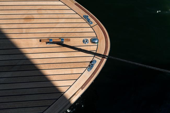 Nordic Cruiser - Teak Deck