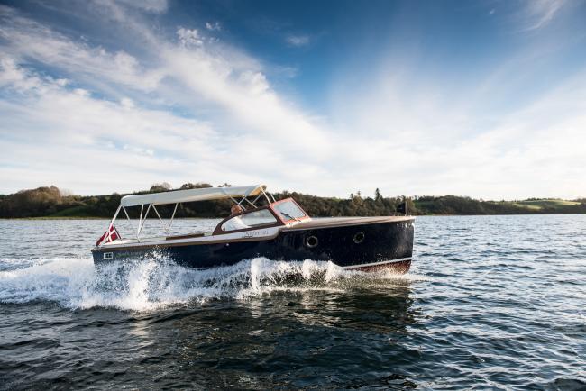 Nordic Cruiser bimini